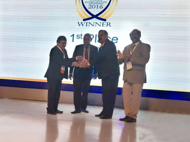 (from Left to Right) Dr. Guruprasad Mohapatra, Chairman, AAI with ACI official receiving the award of Best Airport along with Mr. J.S. Balhara, APD, Jaipur Airport accompanied by Mr. I.N. Murthy, Member (Operations), AAI