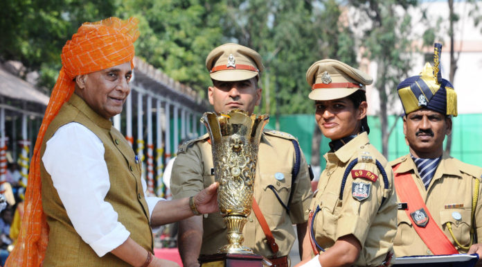 The Union Home Minister, Shri Rajnath Singh presenting the trophy at the Passing Out Parade of IPS Probationers, at Sardar Vallabhbhai Patel National Police Academy, in Hyderabad on October 30, 2017.