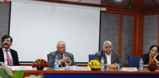 """The Chief Information Commissioner, CIC, Shri Radha Krishna Mathur at the 25th Central Vigilance Commission (CVC) lecture on """"RTI Act for Transparency and Accountability"""", in New Delhi on November 29, 2017. The Vigilance Commissioners, Dr. T.M. Basin and Shri Rajiv are also seen."""