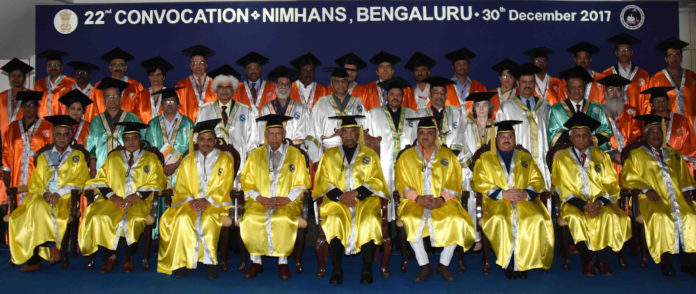 The President, Shri Ram Nath Kovind in a group photograph at the 22nd convocation of the NIMHANS, at Bengaluru, in Karnataka on December 30, 2017. The Governor of Karnataka, Shri Vajubhai Rudabhai Vala, the Union Minister for Chemicals & Fertilizers and Parliamentary Affairs, Shri Ananth Kumar and the Union Minister for Health & Family Welfare, Shri J.P. Nadda are also seen.