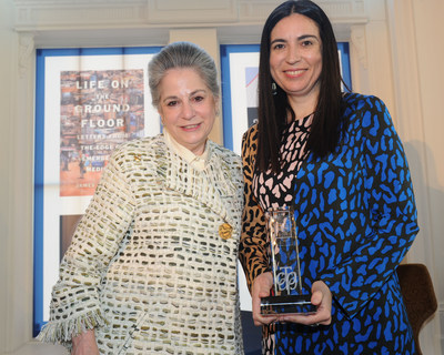 Founder RBC Taylor Prize Noreen Taylor and 2018 winner Tanya Talaga (photo Tom Sandler Photography) (CNW Group/RBC Taylor Prize)