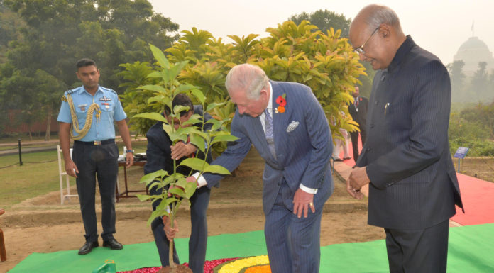 The President, Shri Ram Nath Kovind along with the Prince of Wales during the plantation of tree, at Herbal Garden-2, in Rashtrapati Bhavan, New Delhi on November 13, 2019.