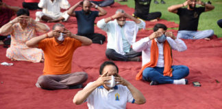 The Union Minister for Health & Family Welfare, Science & Technology and Earth Sciences, Dr. Harsh Vardhan performing Yoga, on the occasion of the 7th International Day of Yoga 2021, at Maharaja Agrasen Park, Kashmere Gate, Delhi on June 21, 2021.