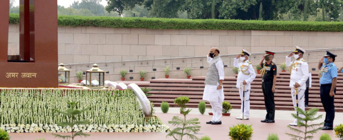 The Union Minister for Defence, Shri Rajnath Singh laying wreath at National War Memorial, on the occasion of Kargil Vijay Diwas, in New Delhi on July 26, 2021.