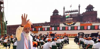 The Prime Minister, Shri Narendra Modi after addressing the Nation on the occasion of 75th Independence Day from the ramparts of Red Fort, in Delhi on August 15, 2021.