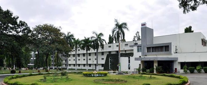 National Institute of Nutrition,_Hyderabad by Wikipedia