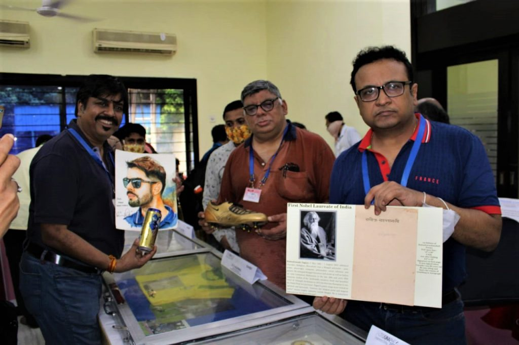 Autograph Collectors Club of India (Eastern Zone) are organising an Exhibition on Rare and Historical Autographs on paper& different Memorabilia