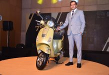 Mr. Sudhanshu Agarwal, Business Head, 2W, Piaggio India at the launch of the 75th edition of iconic Vespa in Kolkata.