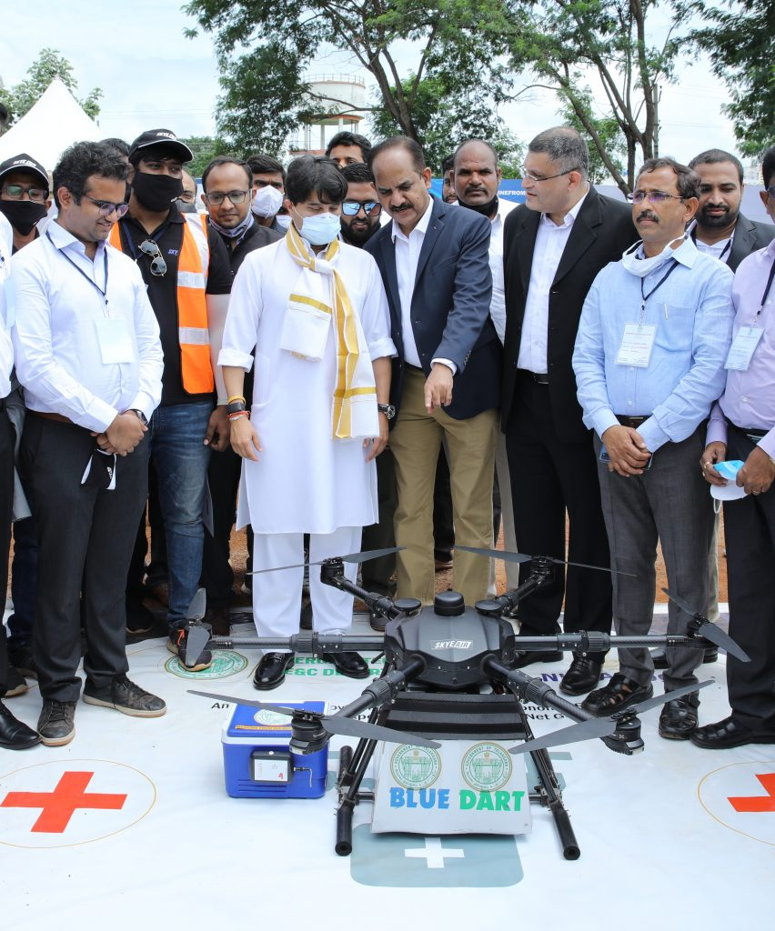 India witnesses the first ever delivery of Medicines & Jabs by drone