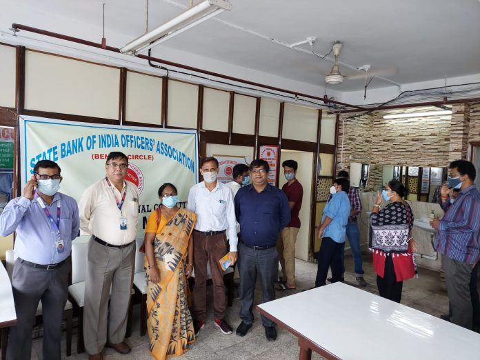 Mass vaccination of State Bank of Employees, contractual support staffs, drivers, and their family members organised by State Bank of India Officer's Association, Bengal Circle, AZC, Corporate Module.